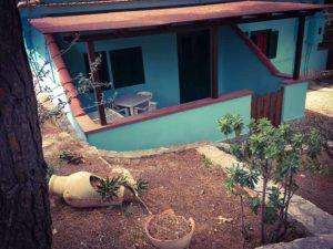 Monolocale con veranda e cucinino villaggio elisena